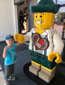 spielzeugtester im Lego City Land